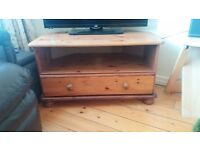 Pine TV Unit