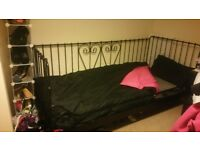 Brand new single day bed with mattress