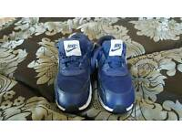 Kids Nike trainers size 8.5