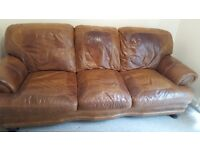 2nd Hand Leather Sofa. Excellent Condition. Must collect. Looking for £90.