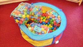 Ball Pool for toddlers and babies with approx 300 balls