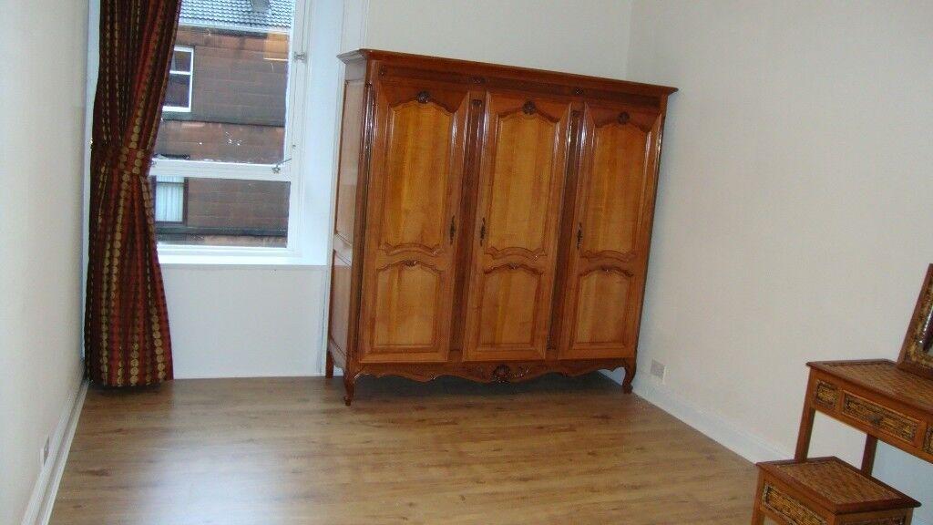 Quality Antique Bedroom Furniture