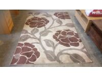 Large brown flower rug REDUCED to £15. COLLECTION only.. Stalybridge SK15 3DN