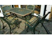 Garden table and 4 bench