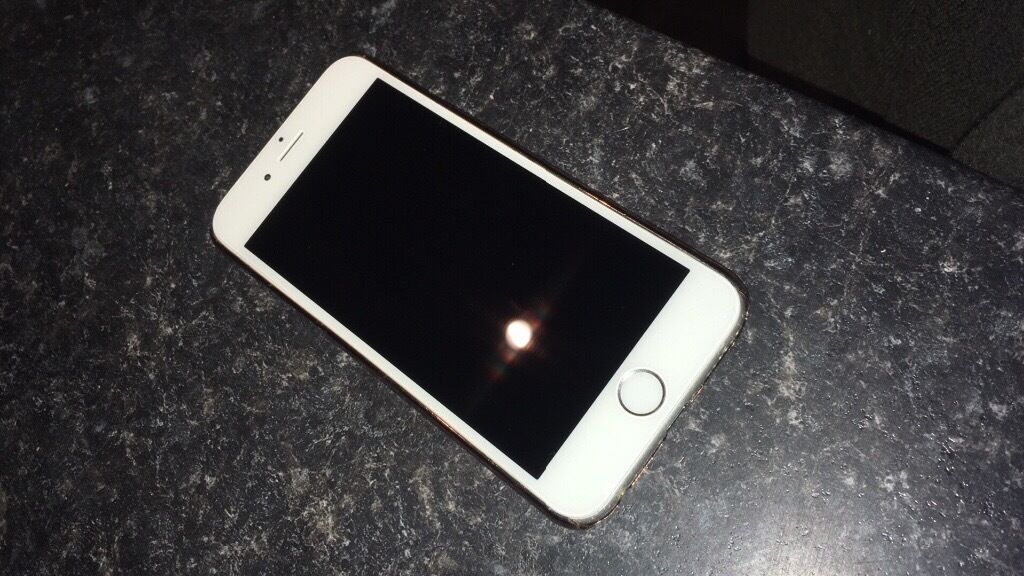 Refurbished iPhone 6in Lincoln, LincolnshireGumtree - iPhone 6 16gb in space grey. Brilliant condition only small scratches on corners from cases being taken off/on. New screen and battery fitted for sale
