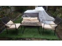 A GARDEN LOUNGE SET IN STEEL AND CUSHIONS SET OF 4 PIECES GOOD CONDITION