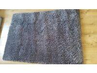 Charcoal shaggy rug as new 160cm x 110cm