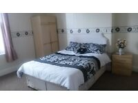 A Spacious Double Bedroom to Rent in a Shared House in West Bromwich ( Nr Town Centre)