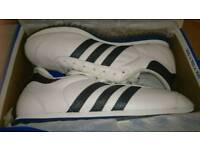 Mens adidas country rip 3d trainers size 8