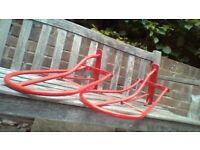 horse saddle racks