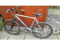 32 inch frame dawes mountian bike