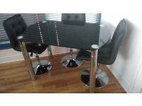 Maxi Round Extending Glass Dining Table - Black