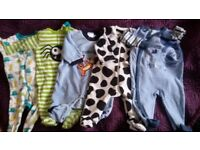 BABY BOY HUGE BUNDLE OF CLOTHES IN NEWBORN & 0-3 SIZE, 137 ITEMS!!!