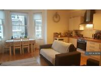 2 bedroom flat in Alderbrook Road, London, SW12 (2 bed)