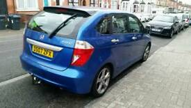 Honda frv great condition