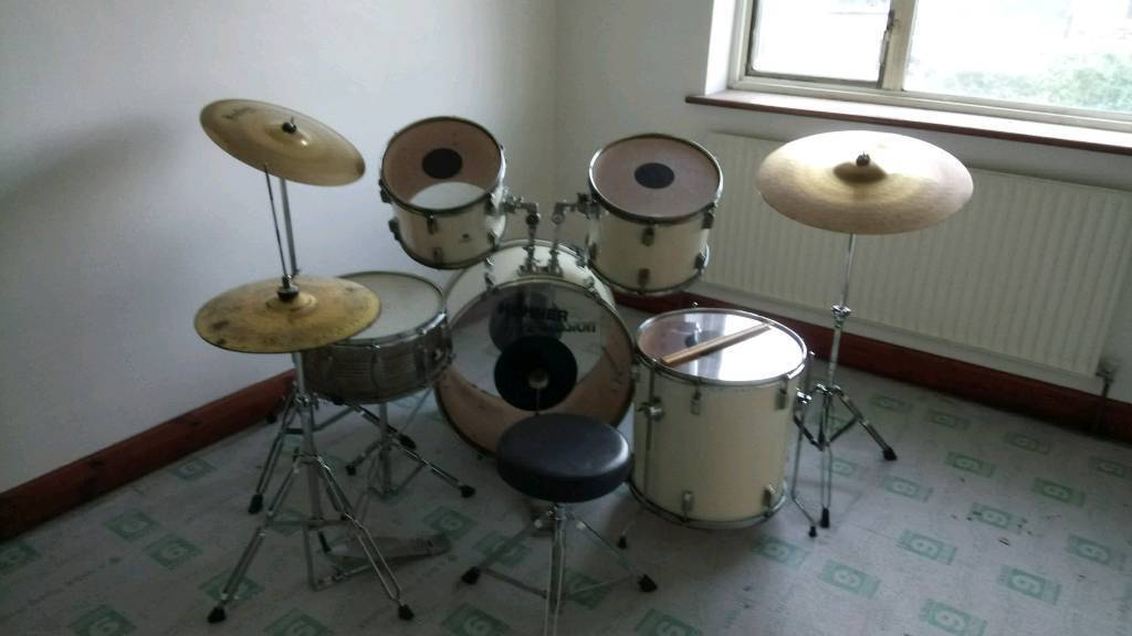Cream Hohner Drumkit with Wild Pearl 500 Hi Hats and Headliner Brass Cymbals PERFECT FOR BEGINNERS