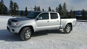 2012 Toyota Tacoma TRD sport low kms no accidents REDUCED