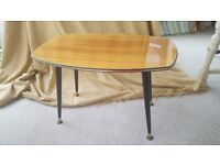 MID 20TH CENTURY RETRO FORMICA SMALL COFFEE SIDE TABLE - DANSETTE LEGS