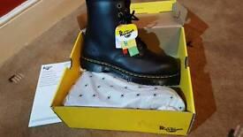 Dr Martens BNIB Mens Size 10 Boots Steel Cap