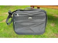 Samsonite Suitcase. Carry on bag