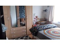 Room to let in sundon park