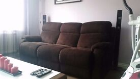 Set of 2 electric recliner sofas