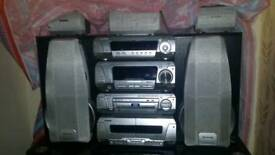 5 DVD/CD changer stereo by Technics