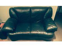 Black leather sofa (2 seats)