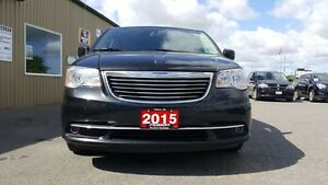 2015 Chrysler Town & Country DUAL DVD-BACK UP CAMERA-DUAL AIR/HE Windsor Region Ontario image 7
