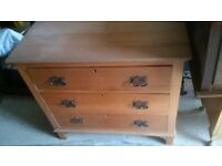 solid wooden vintage chest drawers. in good used condition, smoke, damp and pet free