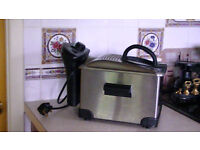 TEFAL PRO: Deep Fat Fryer Hardly Used. Cost £49.99 new