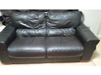 3+2 seater brown leather sofa in good condition