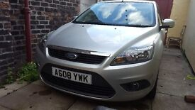 Ford focus 1.6 zetec pefect conditon 11 months mot and just been serviced