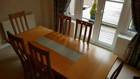 Oak Table With 6 Matching Chairs