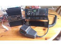CB RADIO INTEK M-150 PLUS. CONVERTER. MICROPHONE. MOUNT FITTING.