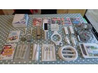 Complete Wii package for sale Wii sports and sports package, criket, 5 dance and Instant artist game
