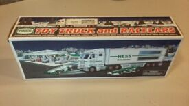 HESS F1 Lorry and Cars
