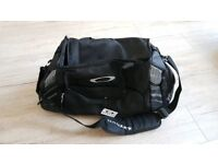 Oakley 55L Sports bag - black