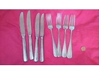 Arthur Krupp Large Cutlery Set - Four Knives, Four Forks