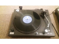 Dual Sound Lab DLP39 Professional Direct Drive Turntables with Stereo Sound Mixing Unit
