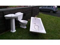 White Bathroom Suite - used, clean, very good condition.