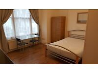 STUDIO FLAT Ground Floor Fully Self contained & Furnished Super Islington Location near Angel Tube.