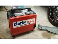 Clarke 700w 4 stroke generator