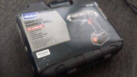 WICKES CORDLESS HAMMER DRILL (18V LITHIUM ION) *Never been used*