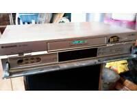PANASONIC SUPER VHS NV-HS830 DECK