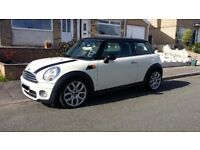 MINI COOPER D - HIGH SPEC & LOW MILEAGE