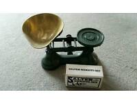 Vintage Boots of Nottingham scales and weights