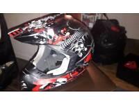 THH motorcycle helmet size m