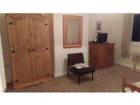 Large room to let £130 pw Hove area
