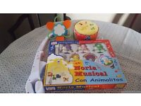 2 cot mobiles and 1 drum toy for £5